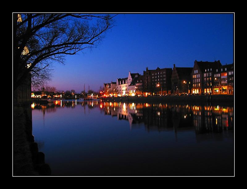 Lübeck - Untertrave am Abend 2