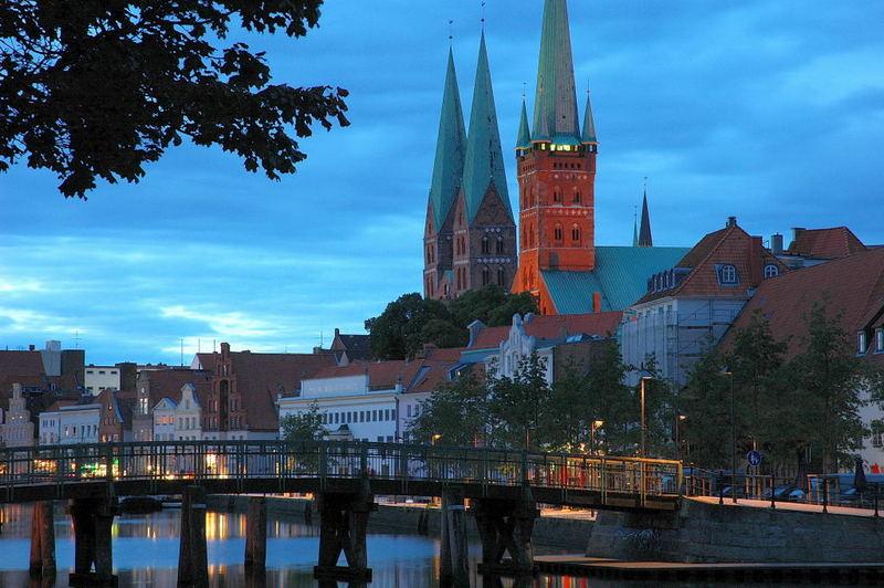 Lübecker Dom gestern Abend