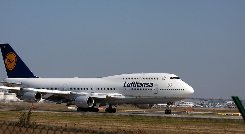 Lufthansa 747 beim Start