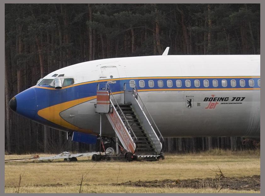 Lufthansa Boeing 707 (2)
