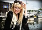 Luisa am Wasser 1