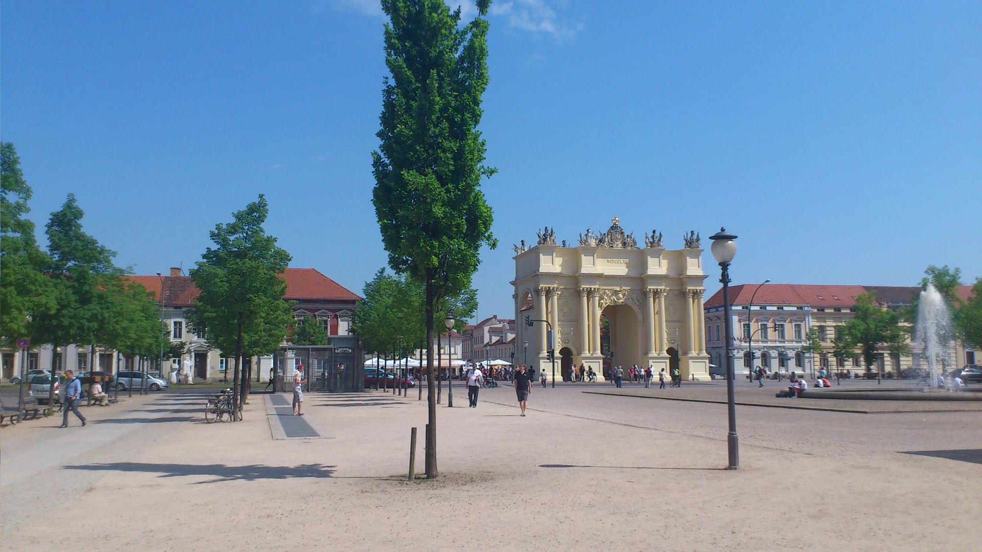 Luisenplatz Brandenburger Tor Potsdam