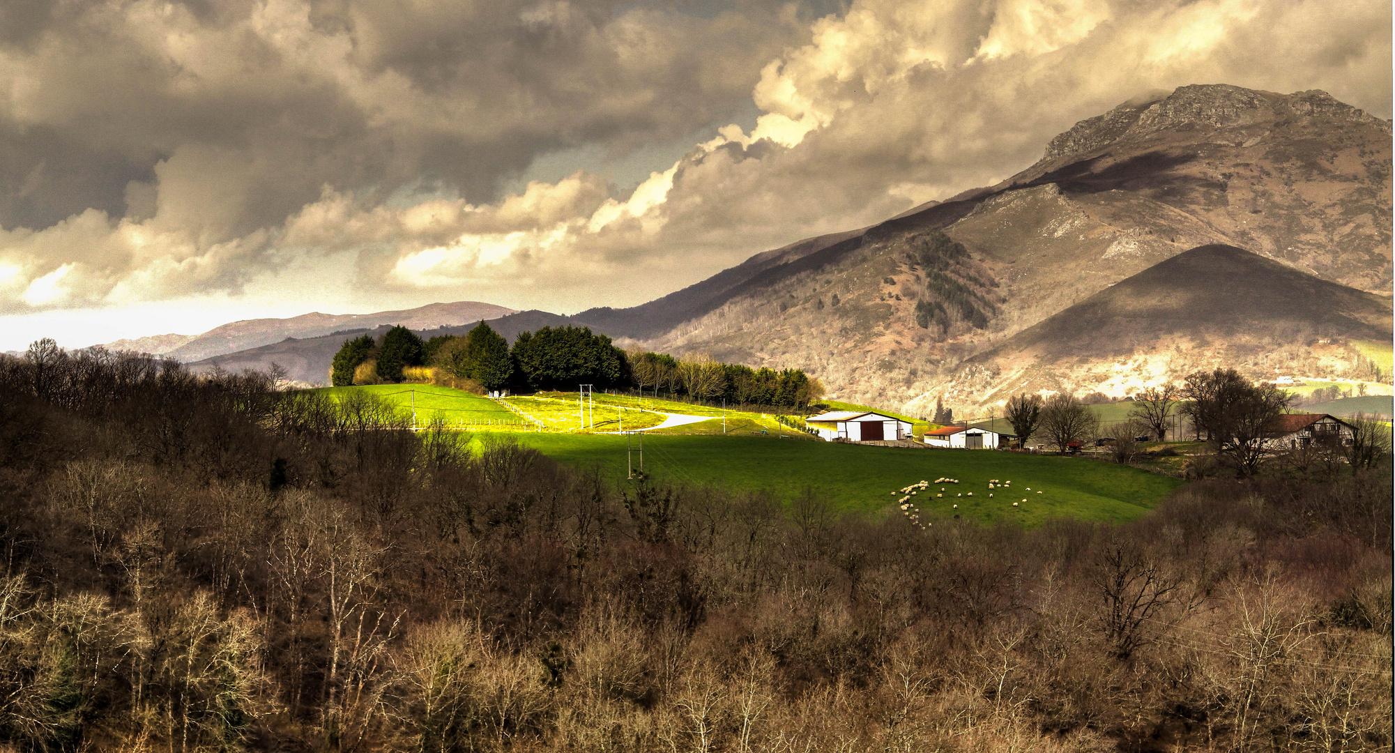 lumière au pays Basque
