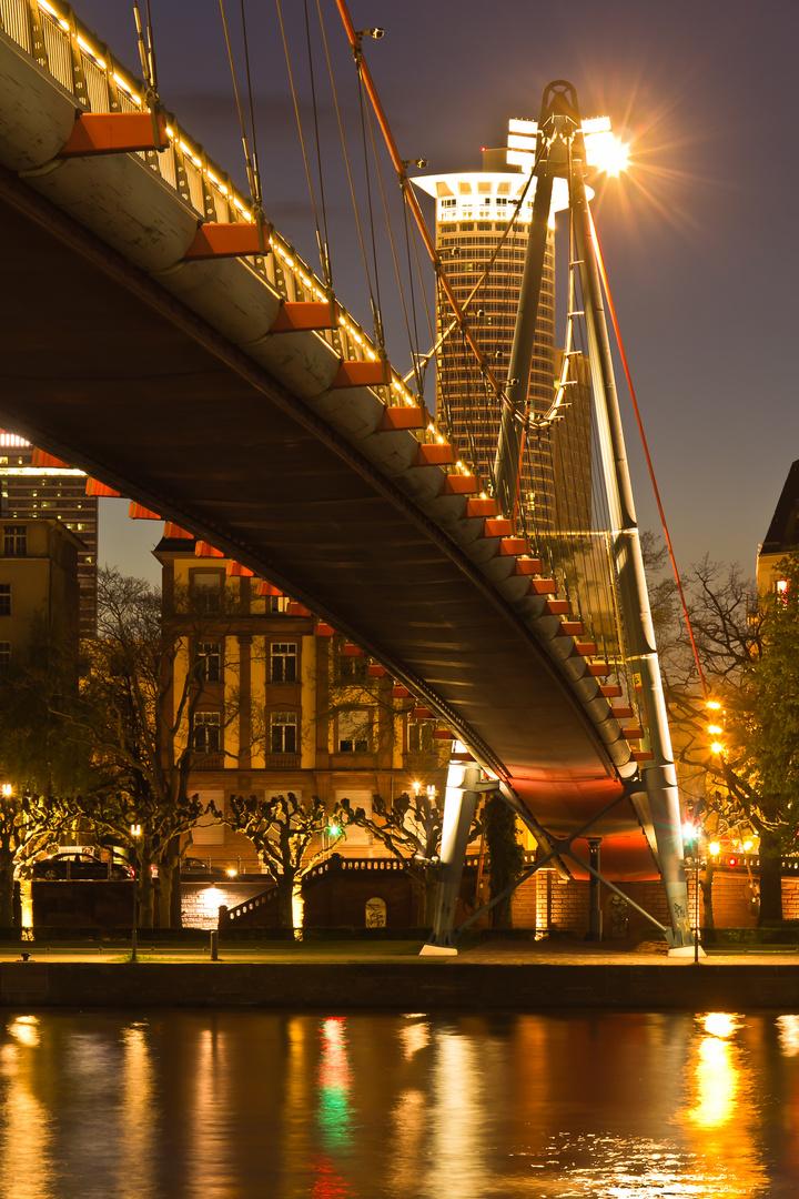 Luminale Brücke