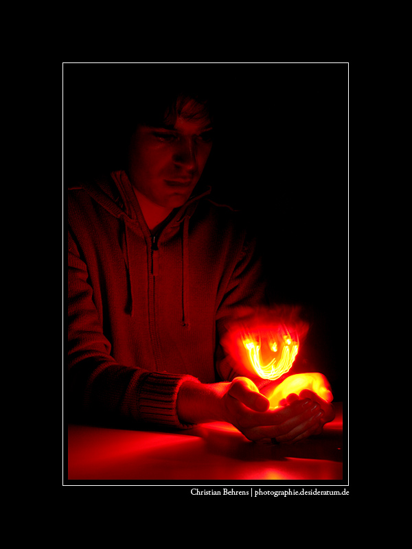 Luminographie: Rotes Licht...