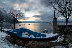 Lungolago, neve e sole