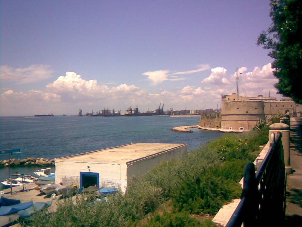 Lungomare Di Taranto