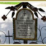 Lustiger Friedhof  (mit Gedicht)