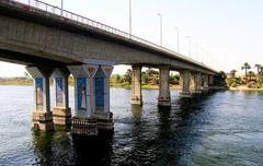 Luxor-Brücke II