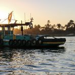 Luxor Nil sunset Schlepper