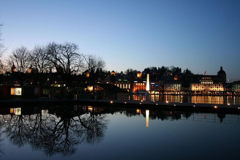 Luzern bei Nacht - II