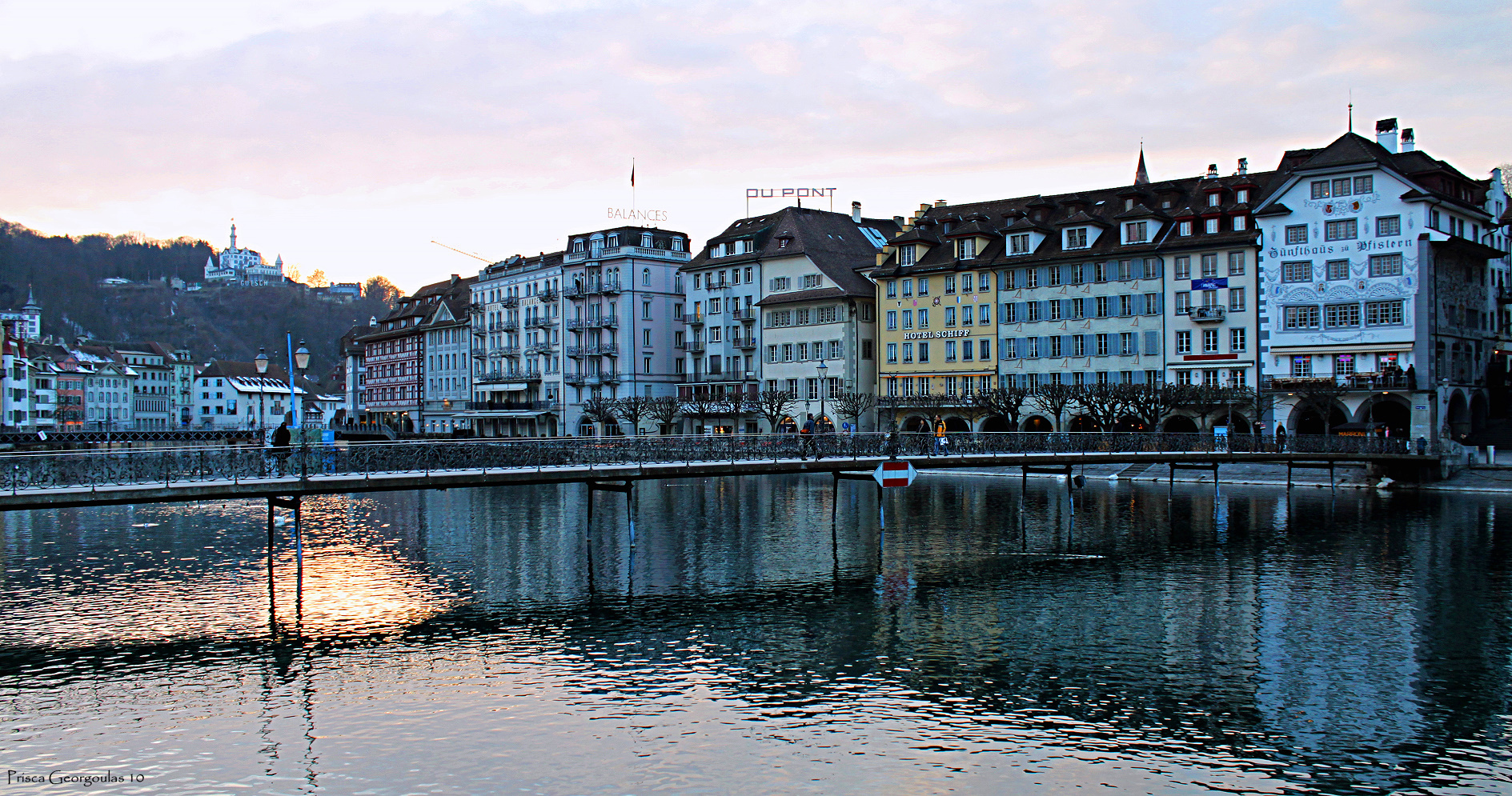 Luzern - Blick Reuss abwärts zum Château Gütsch!