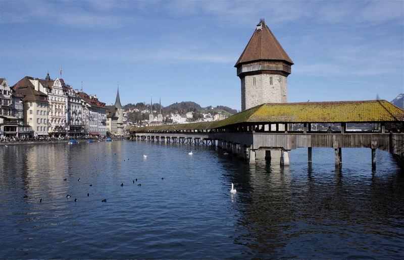 Luzern mit seiner schönen Holzbrücke