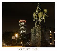 LVR Turm bei Nacht