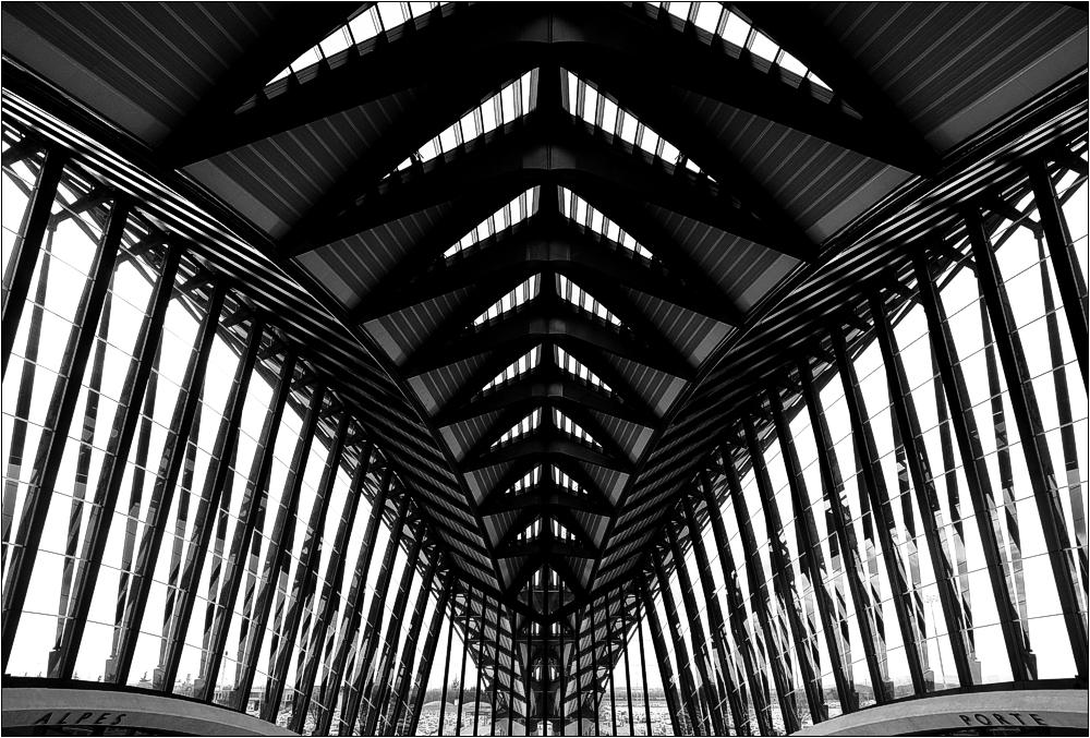 Lyon-Satolas TGV-Station 3