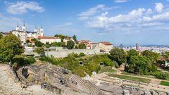 Lyon_Blick auf die Basilika und das römische Theater