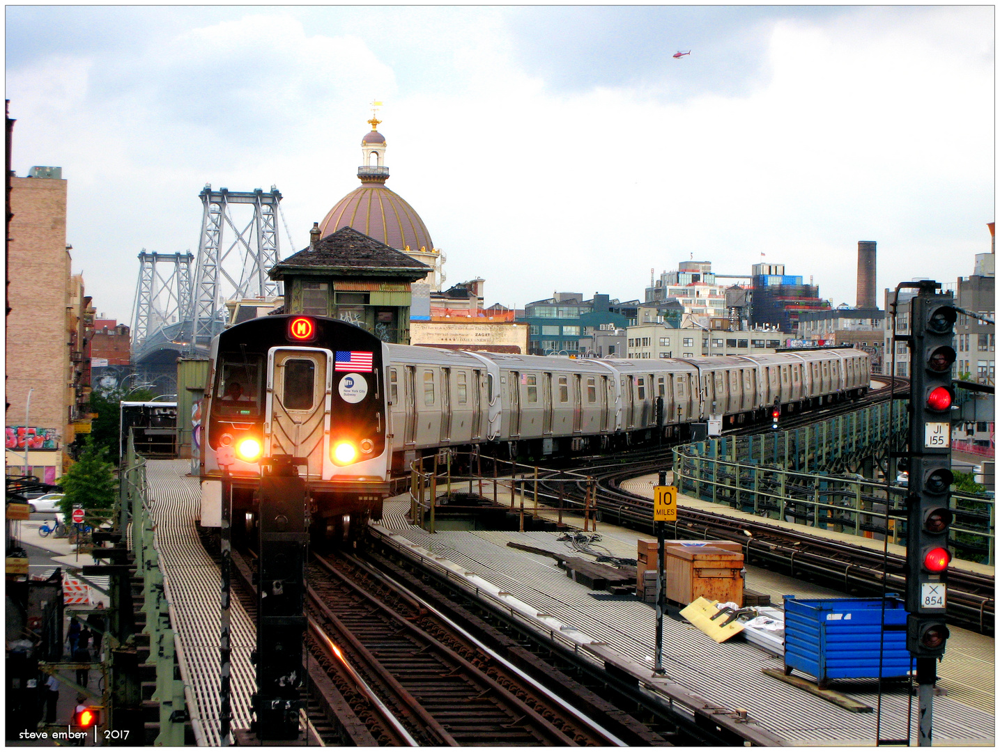 M Train Approaches Marcy Avenue Station