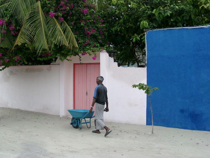 maafushi worker