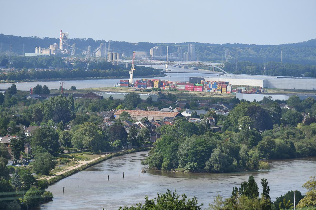 Maas und Albertkanal-Hermalle (B)