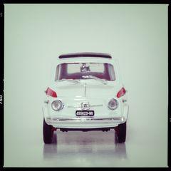 macro cars 8