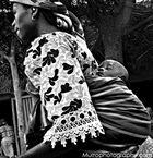 Madre con Bambino, Bandiagara, Mali, 2007