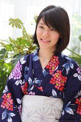 Mädchen im Kimono.