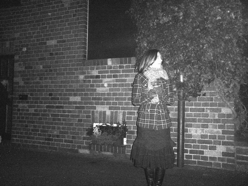Mädchen in Nacht