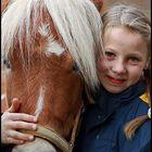 Mädchen und Pferde gehören zusammen wie...