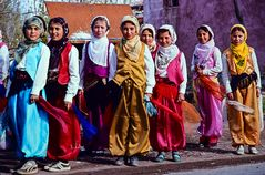 Mädels beim Dorffest.                                      .DSC_3603