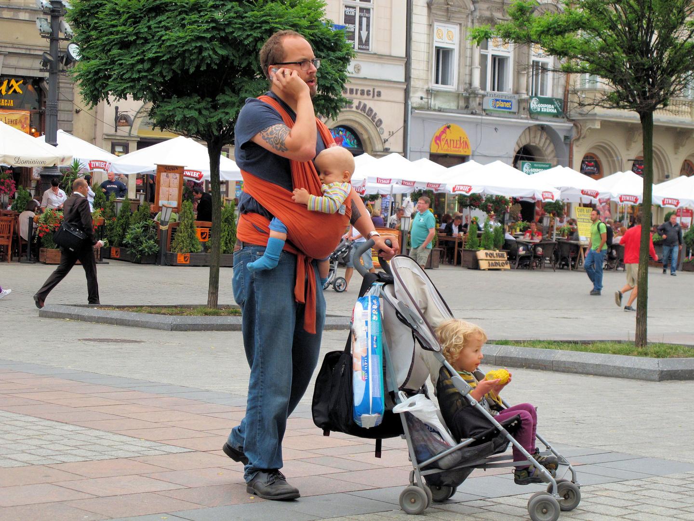 Männer können auch Multitasking Foto & Bild | erwachsene