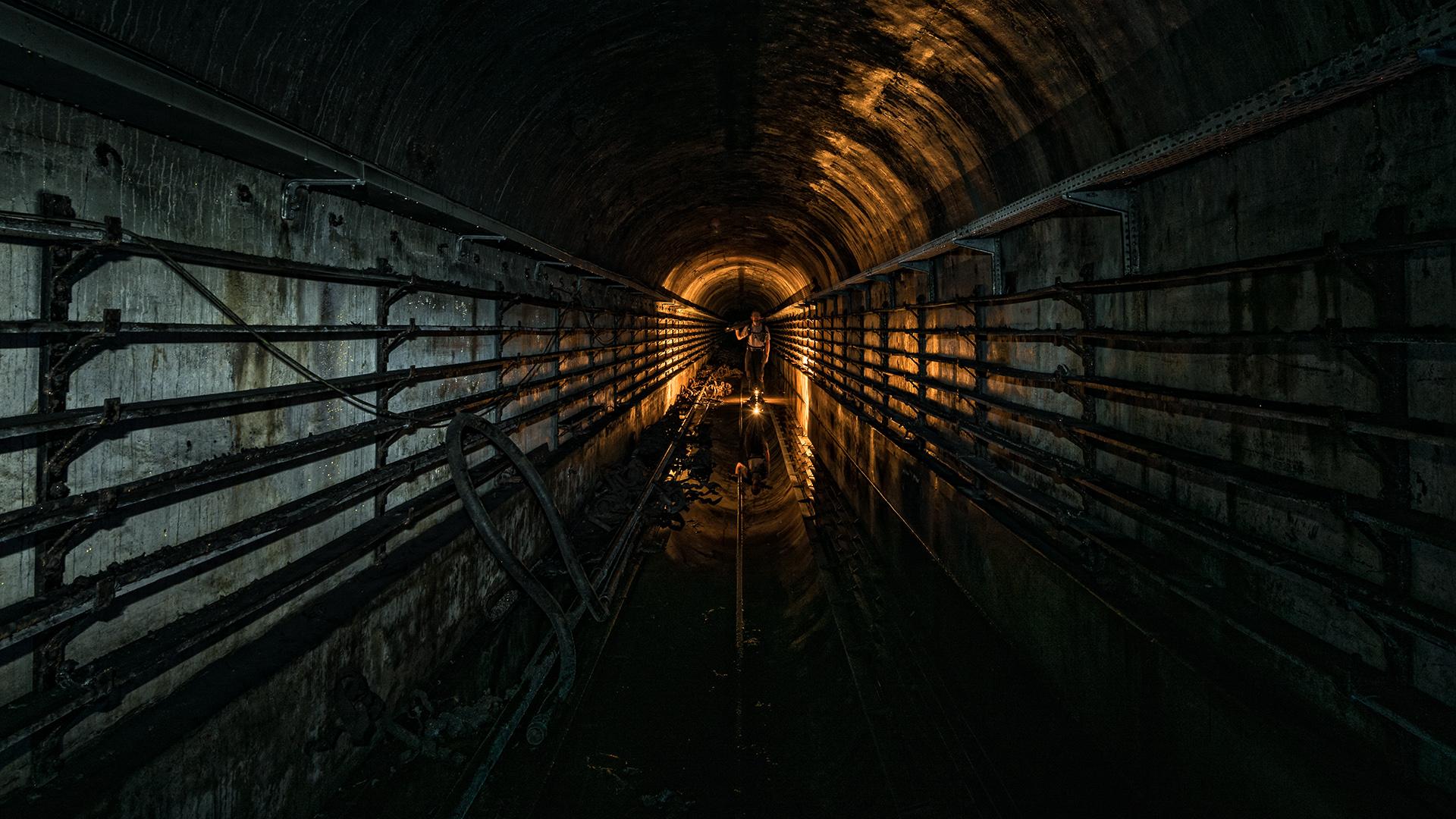 Maginot-Linie, Zugangsstollen