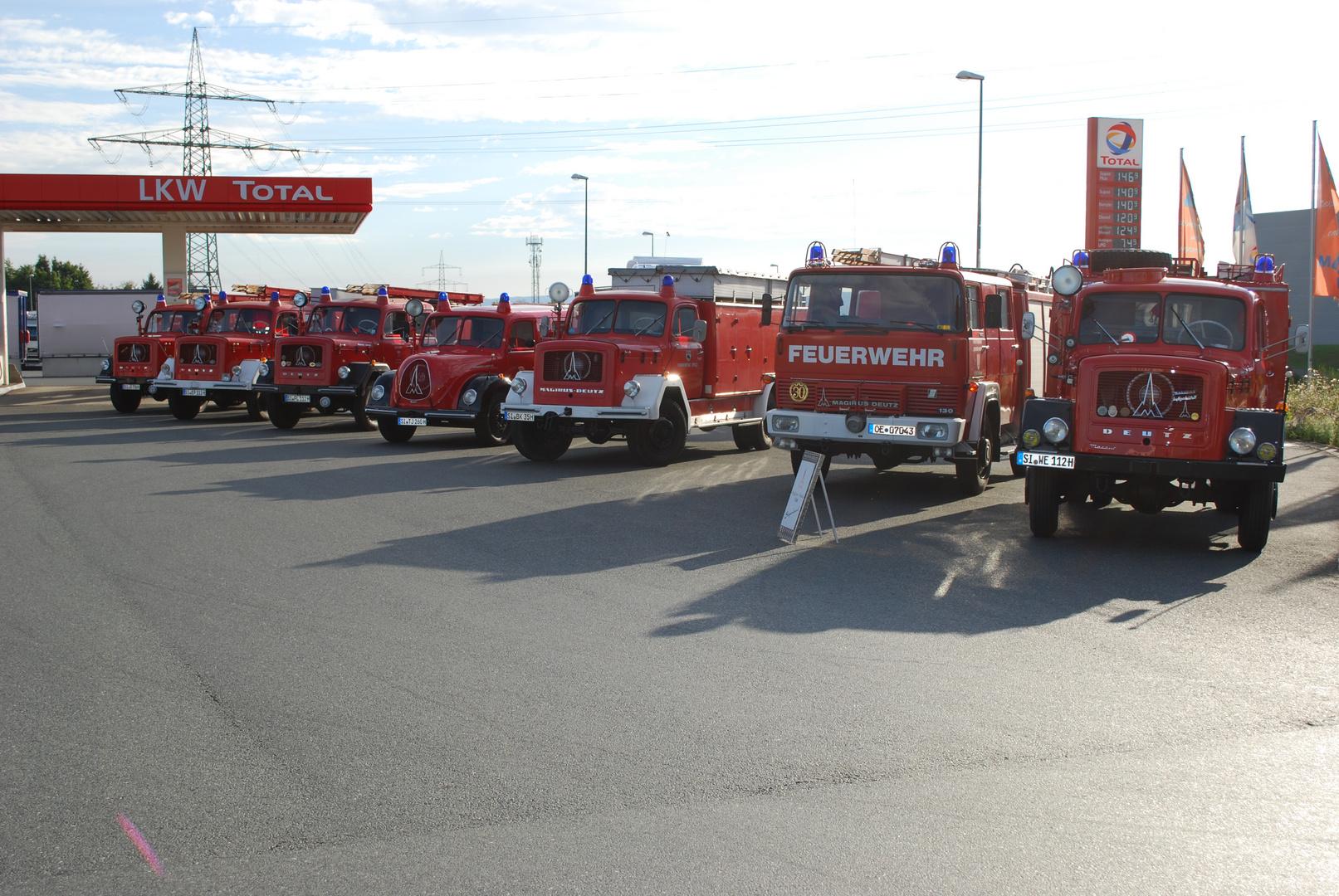 Magirus Feuerwehrfahrzeuge treffen sich für Veranstaltung Deutz trifft Deutz in Westerburg Erlebnis