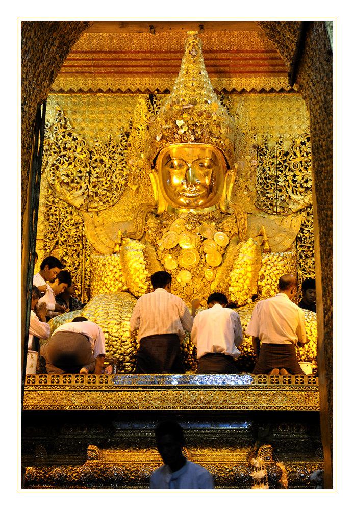 Mahamuni Buddha