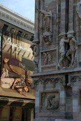 Mailand Details am Portal des Doms