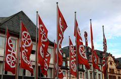 Mainz - Fahnen mit Wappen