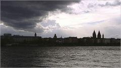 Mainz vor dem Gewitter
