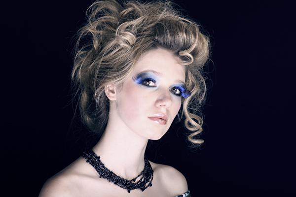 Make Up Blue
