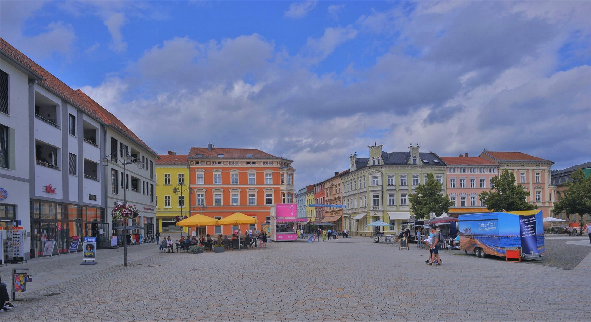 Maktplatz in Meiningen (la plaza mayor en Meiningen)