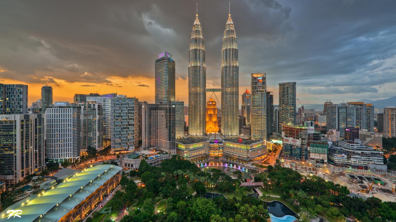 Petronas Towers - Kuala Lumpur - Malaysia Foto & Bild