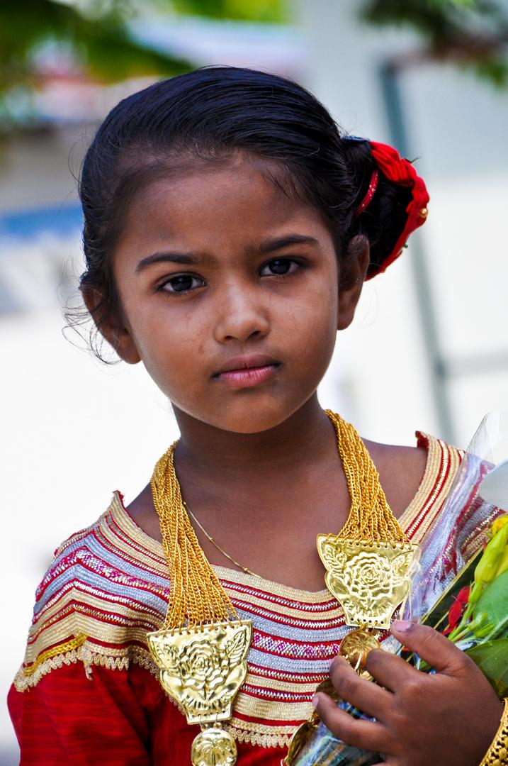 MALDIVIAN DRESS