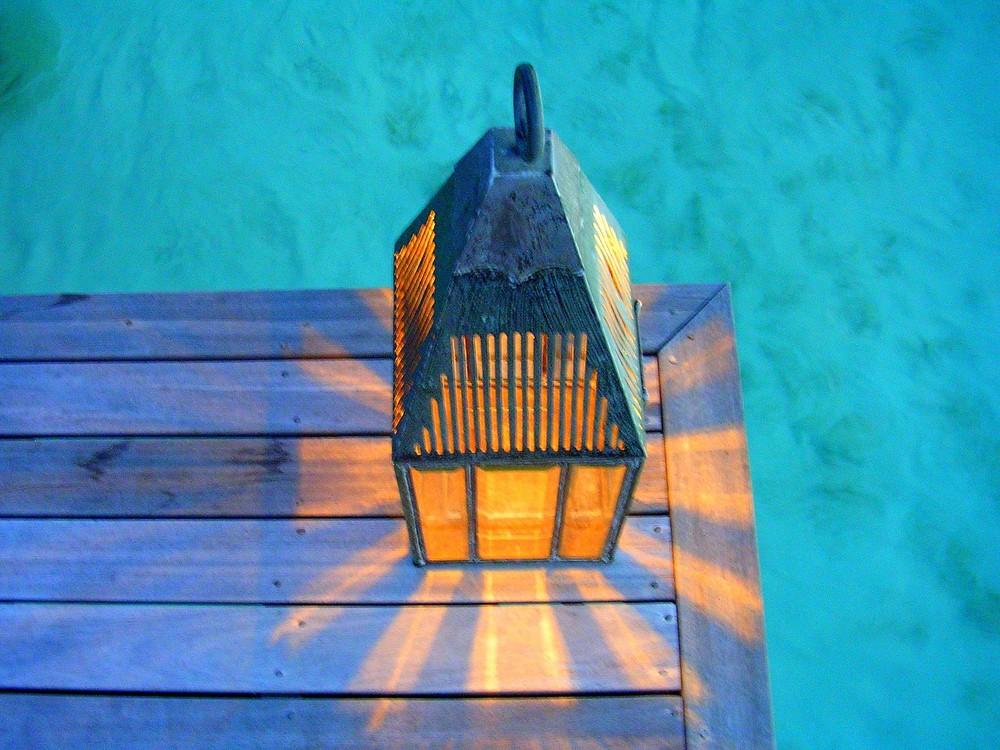 Maldivien street lamp