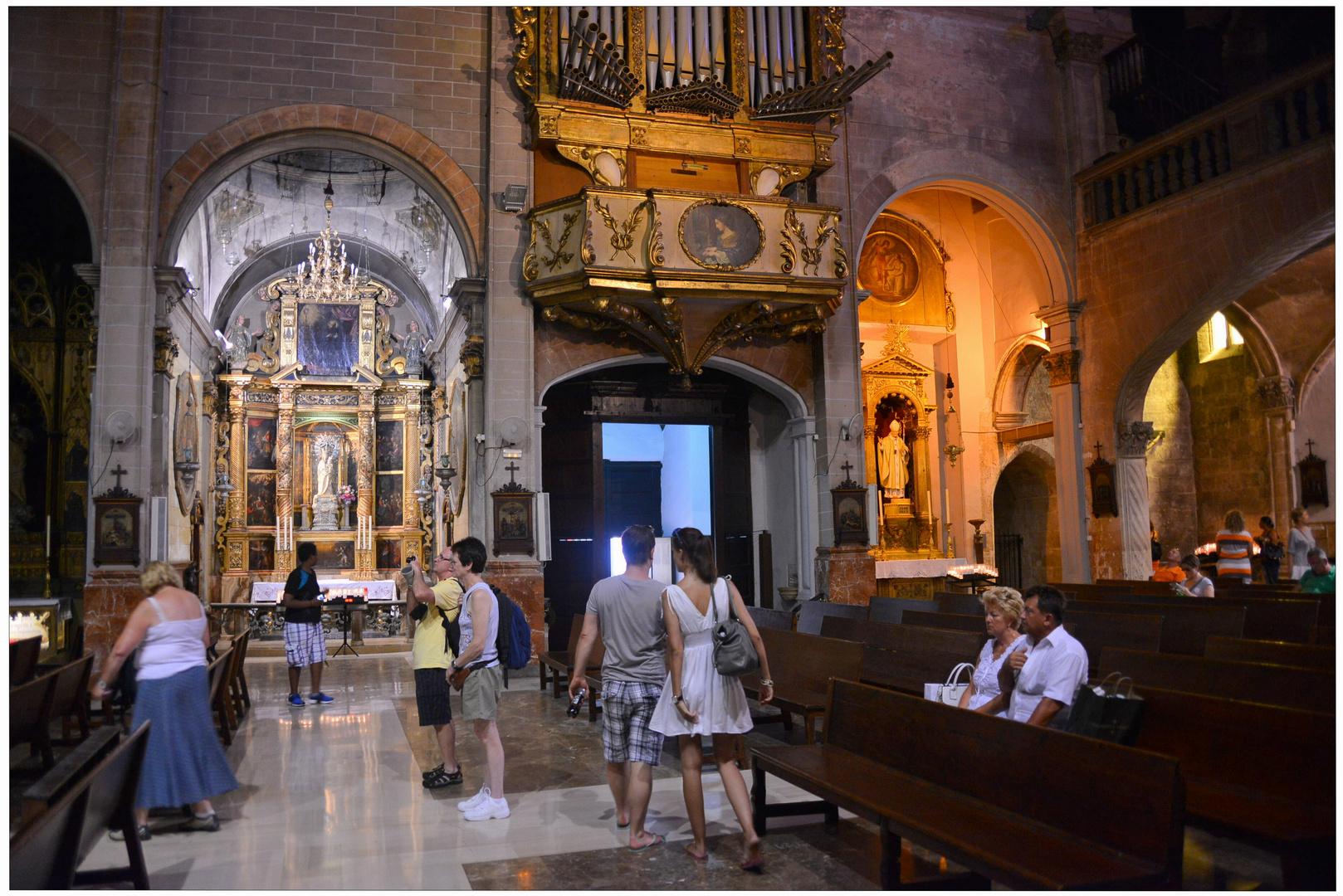 Mallorca 2012, Palma, dentro de una iglesia