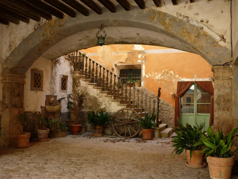 Mallorca - Cases de Galatzò