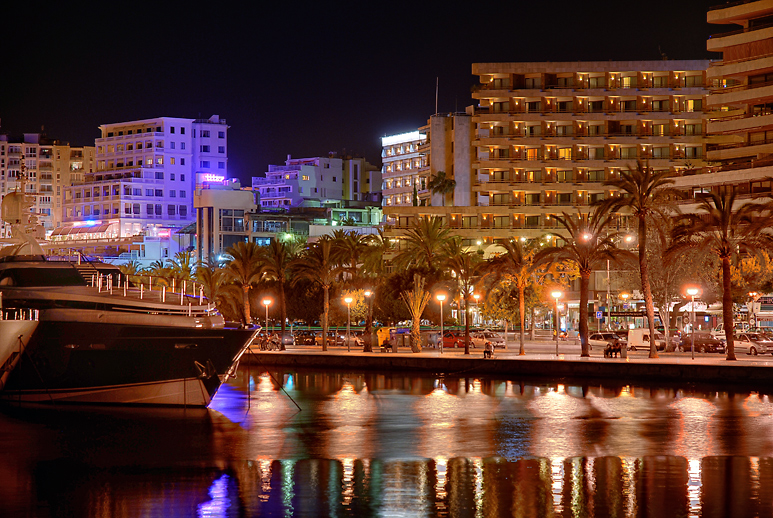Mallorca @Night: Hotelmeile