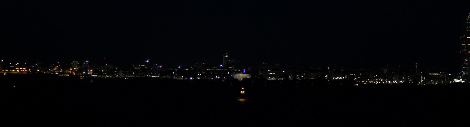 Malmö at night