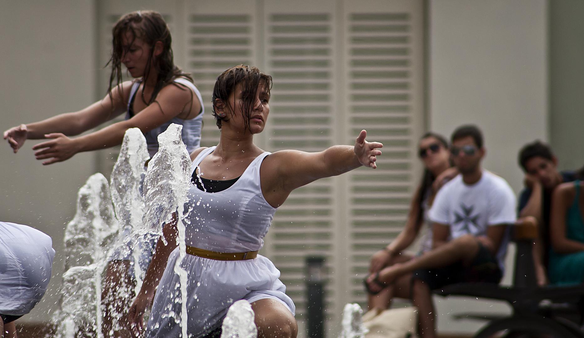 Maltesische Tänzerinnen 7