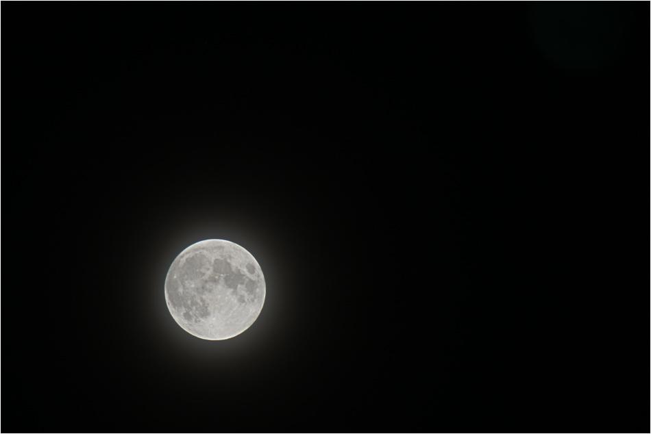 """""""Mama, Mond haben"""""""