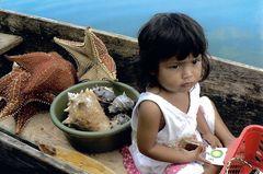maman vend des coquillages