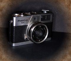 Mamiya 135