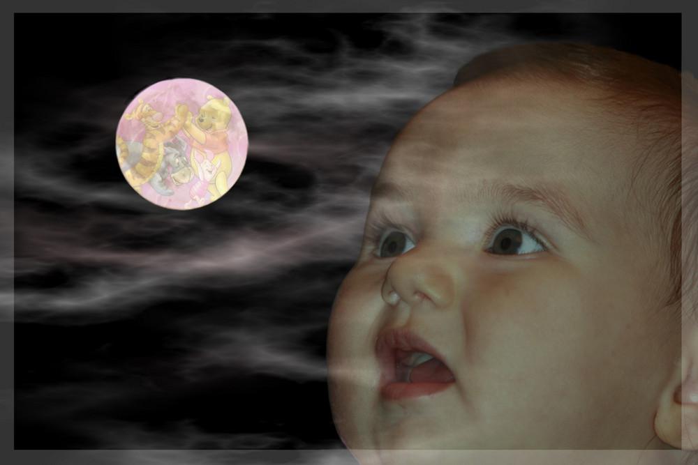 Mamma e Papa la chiamano luna.....ma secondo me è un mondo di giochi